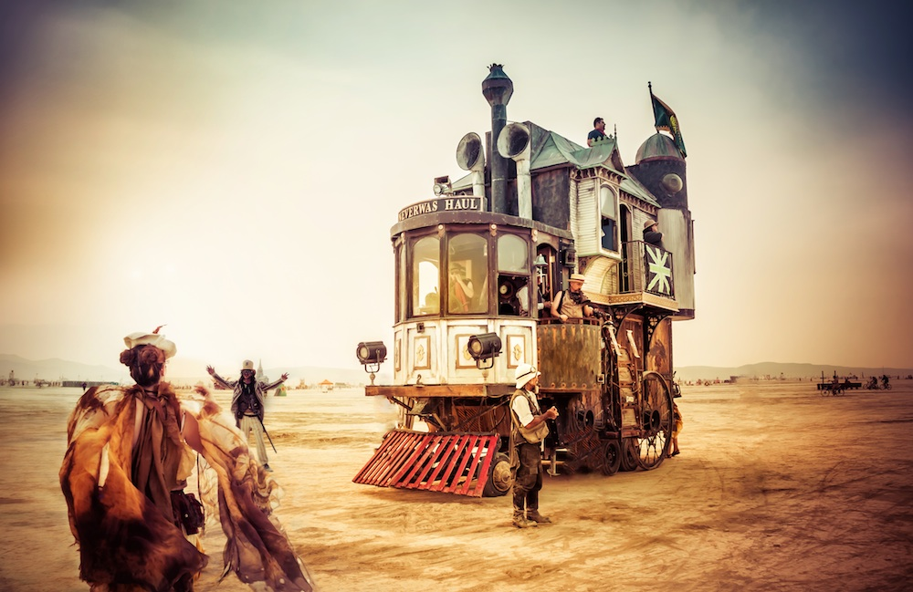 2013 BurningMan-TreyRatcliff-The Steamy Car-1000px