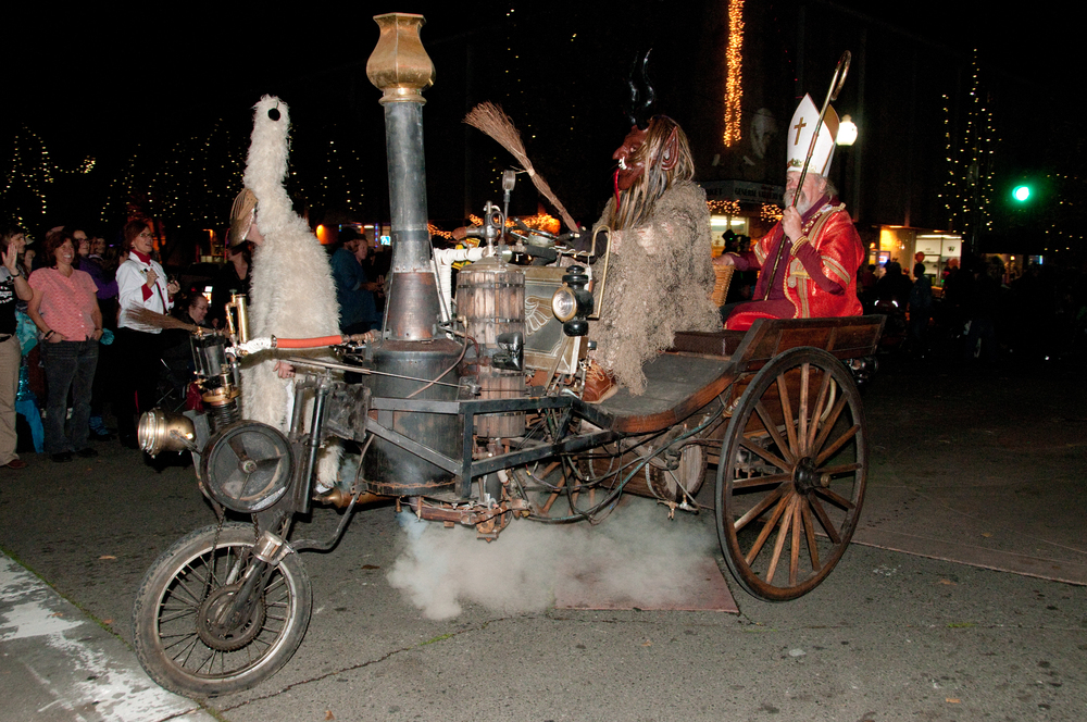 The Steam Car featuring Krampus & St. Nicholas