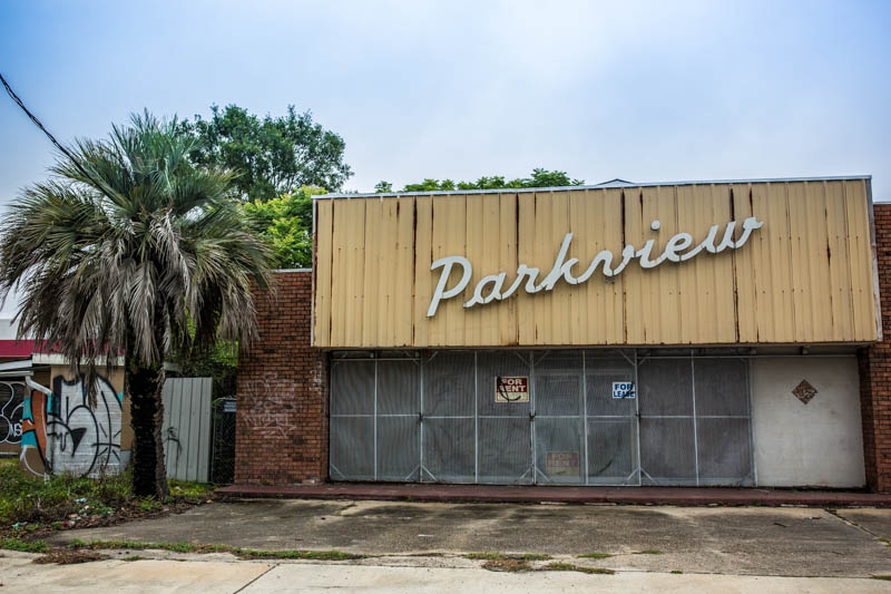 Zack Smith Photography New Orleans Parkview ruins closed graffiti palm tree