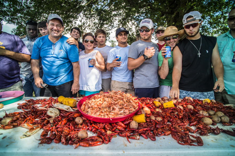 Zack Smith Photography Baton Rouge Bayou Country Superfest 2016 Crawfish boil shrimp food beer fun happy people