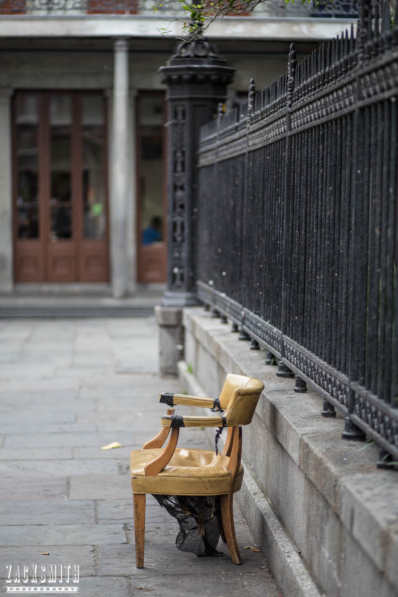 "Zack Smith Photography - ""Walking with the Prime"" photo gallery new orleans 85mm Louisiana photographer photo tips and techniques bench fence jackson square landscape"