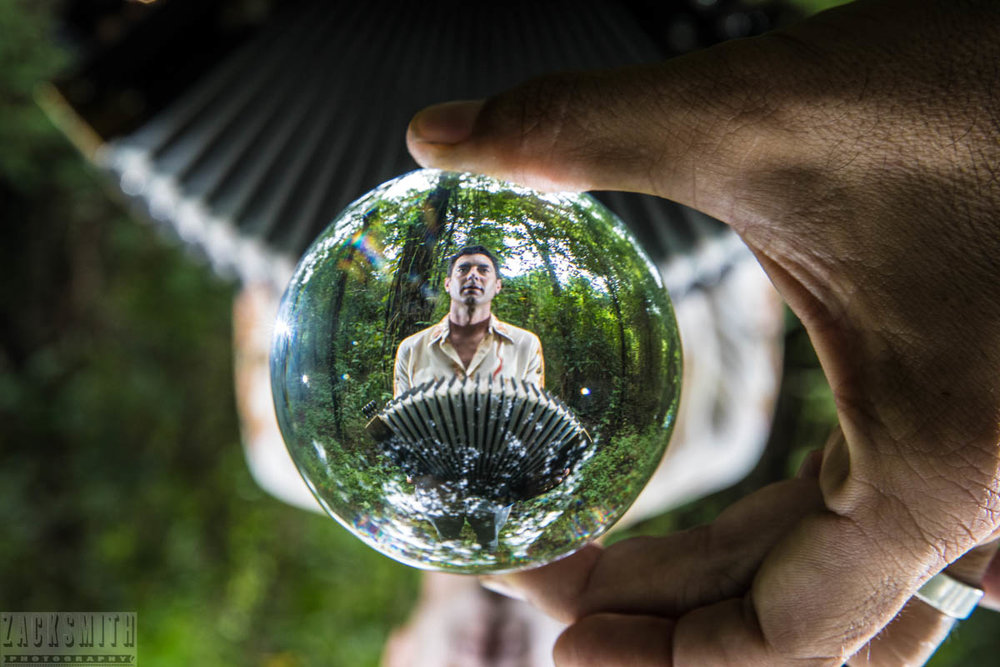 This is a great crystal ball i purchased from Amlong as well. Prism photography on point!