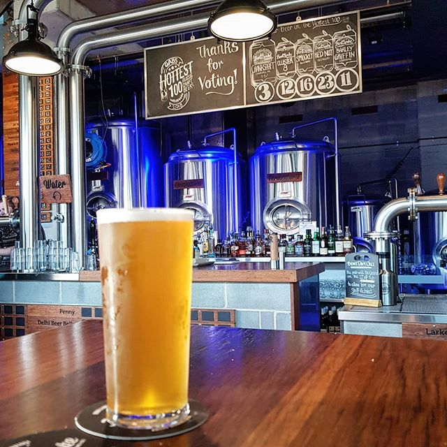 Easy to see why @bentspoke_brewery is one of Australia's most beloved breweries. Exceptional beer in possibly the only building in Canberra with people in it