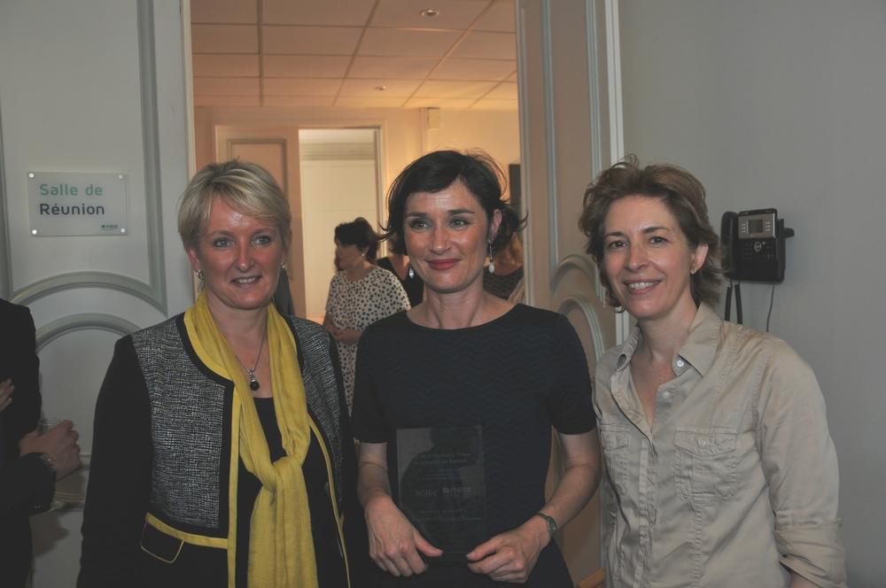 Remise du Prix de la meilleure thèse en RH à Christelle Lacroux, décerné par la FNEGE, en présence d'Aline Scouarnec, Présidente de l'AGRH