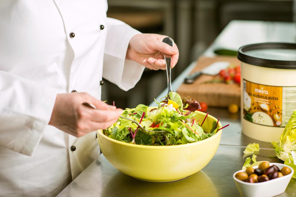 Annoskuva ruokakuva kokki salaatti 004.jpg