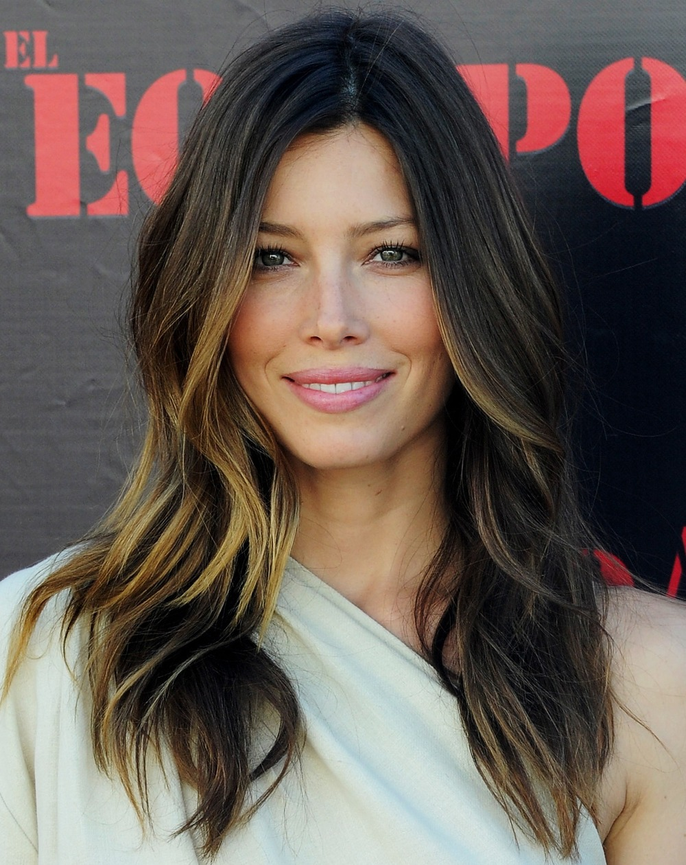 Ombre dyed hair is a popular choice amongst celebrities such as Jessica Biel.
