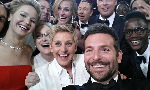 Ellen's Oscar selfie included Bradley Cooper, Jennifer Lawrence, Julia Roberts, Brad Pitt, Meryl Streep and Kevin Spacey. Photo from https://twitter.com/TheEllenShow.