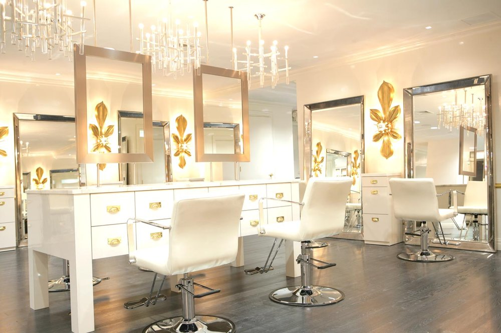 Livian Salon When it comes to blowdry bars, this salon is top notch. Elegance is the word that comes to mind the second you enter the door. Staffed with a team of incredible stylists, your hair will be perfect time and time again.