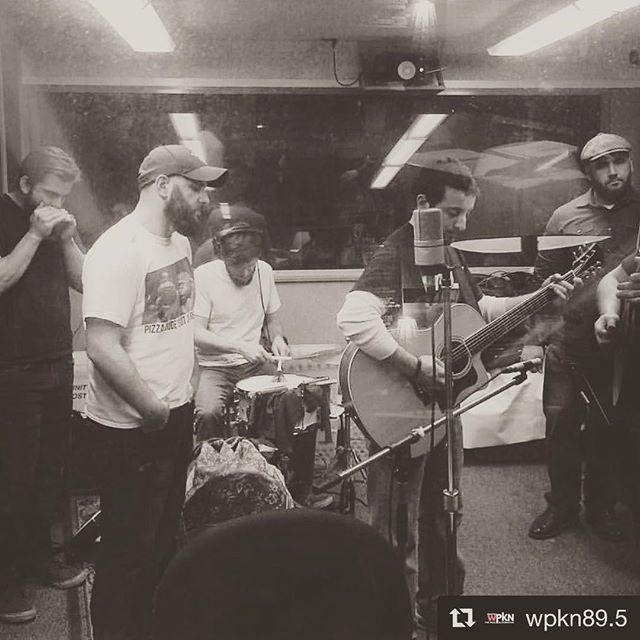 #Repost @wpkn89.5 with @repostapp ・・・ This is what radio looks like @quarterhorseband #sundaybrunchconcert 📷: @davidgolden99 #quarterhorseband #quarterhorsemusic #vinsarm #band #acoustic #music #guitar #uprightbass #bass #drums #vox #vocals #harmony #folk #rock #bluesamericana #americana #nymusic #originalmusic #supportlocalmusic #wpkn #connecticut