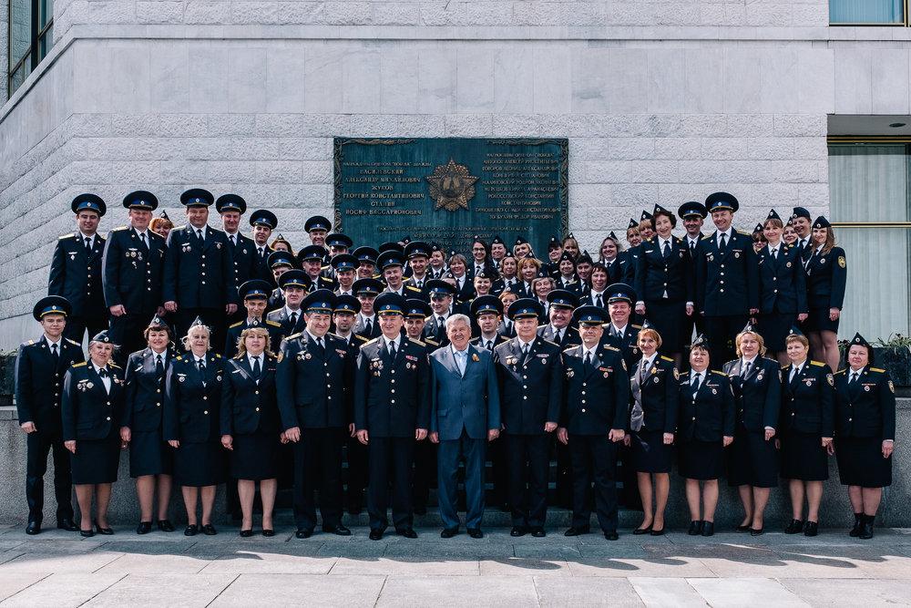 Au Kremlin, pendant la semaine du 9 mai, les forces armées du pays viennent célébrer la Victoire et découvrir ou redécouvrir ce lieu de pouvoir hautement symbolique.