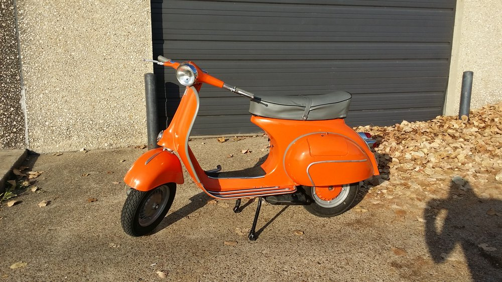 07-30-2015 1963 Vespa VBB jeremy sharp orange (1).jpg