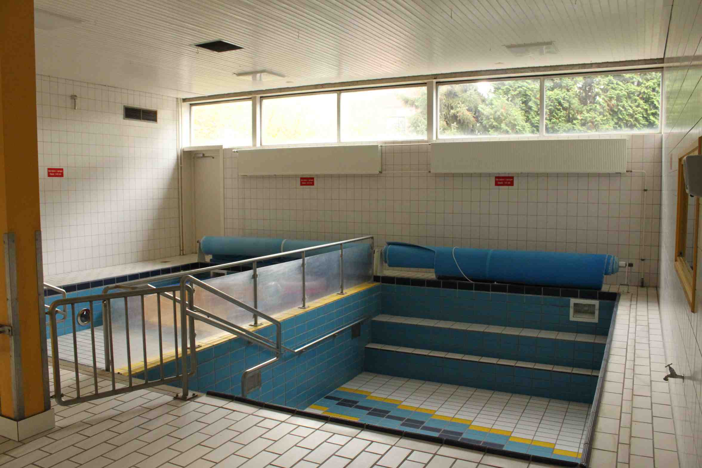 The natatorium; we used the shower of the adjacent infirmary.