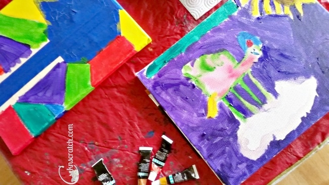 Plan a painting date with your children for Christmas this year!