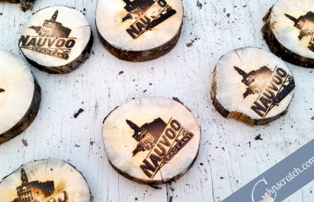 Burnt wood slices are available during pageant season at Nauvoo- love this list of other free things.