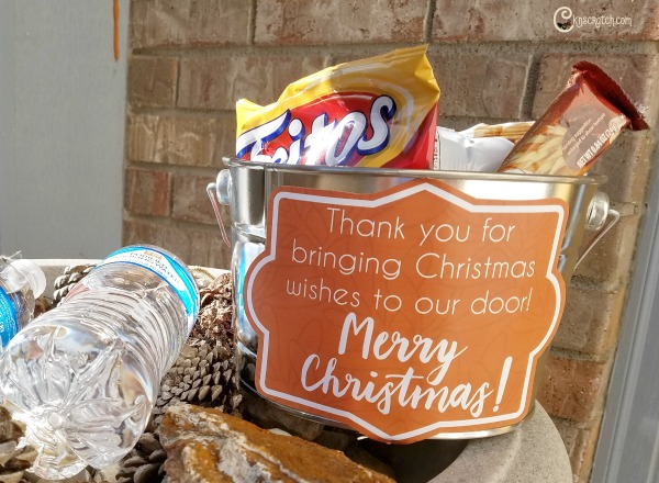 What a great way to thank all the mail delivery people at Christmas time! #LIGHTtheWORLD