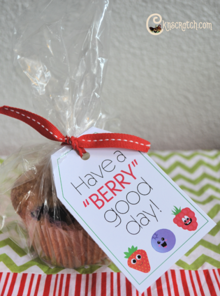 Cute tag to go with a berry muffin- such a great idea for reaching out to others! #LatterdaySaint #LatterdaySaintPrimary