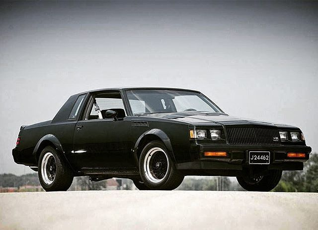Jen asked me what car I would buy if money was no object.  Easy answer - an 80's Buick.