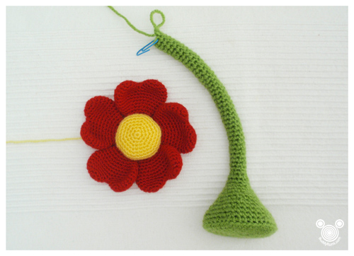 Valentines day amigurumi flower pot