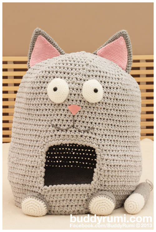 20 Free Crochet Cat Bed & House Patterns ⋆ DIY Crafts | 742x500