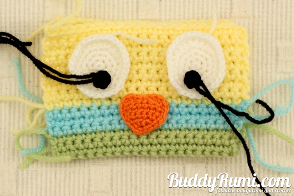 Crochet purse little bird