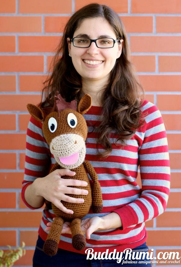 Amigurumi horse puppet