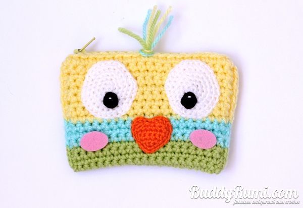 Crochet wallet little bird
