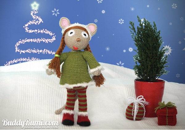 Amigurumi crochet christmas elf