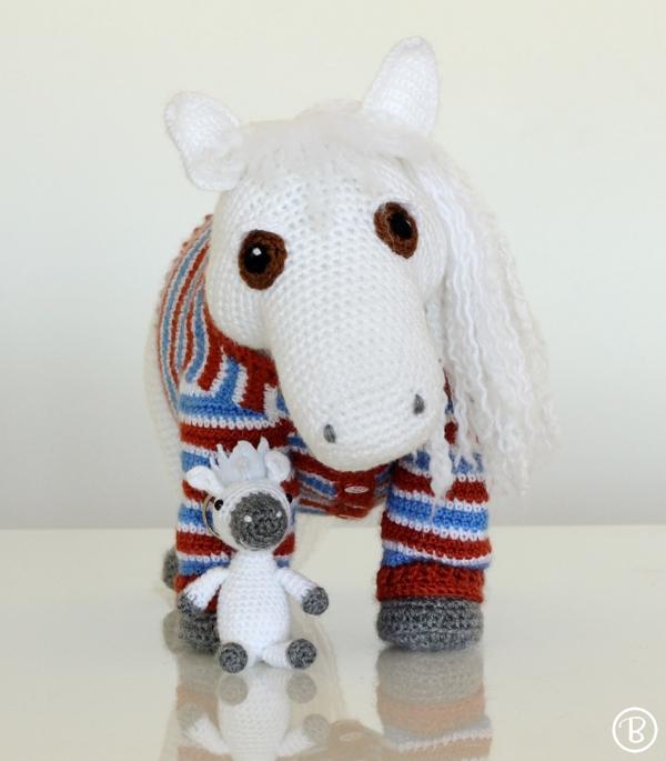 Amigurumi Pony Tutorial : Off the Hook: Custom Amigurumi Pony BuddyRumi
