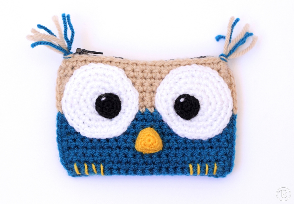 Crochet owl wallet