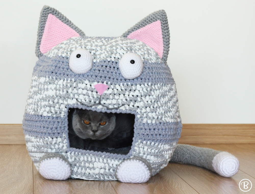 Cat crochet t-shirt yarn pet house