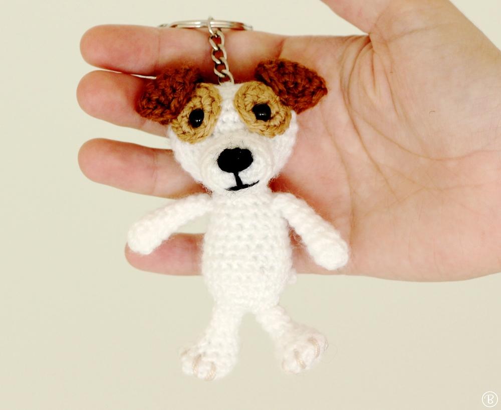 Amigurumi dog keychain