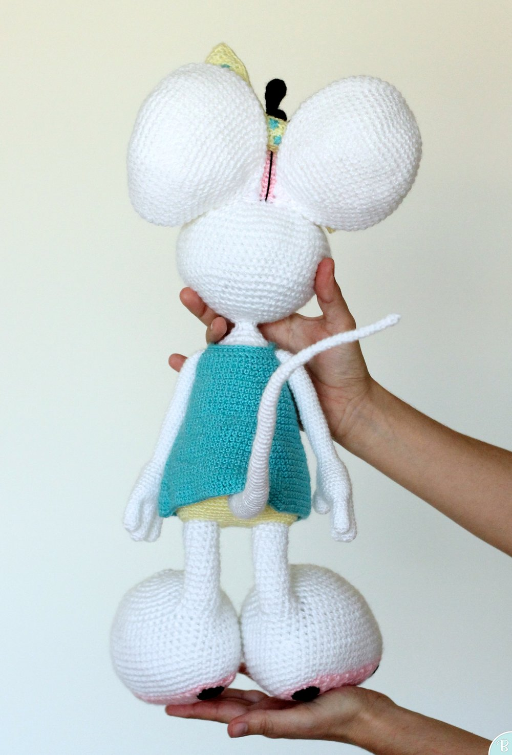 White mouse amigurumi plush
