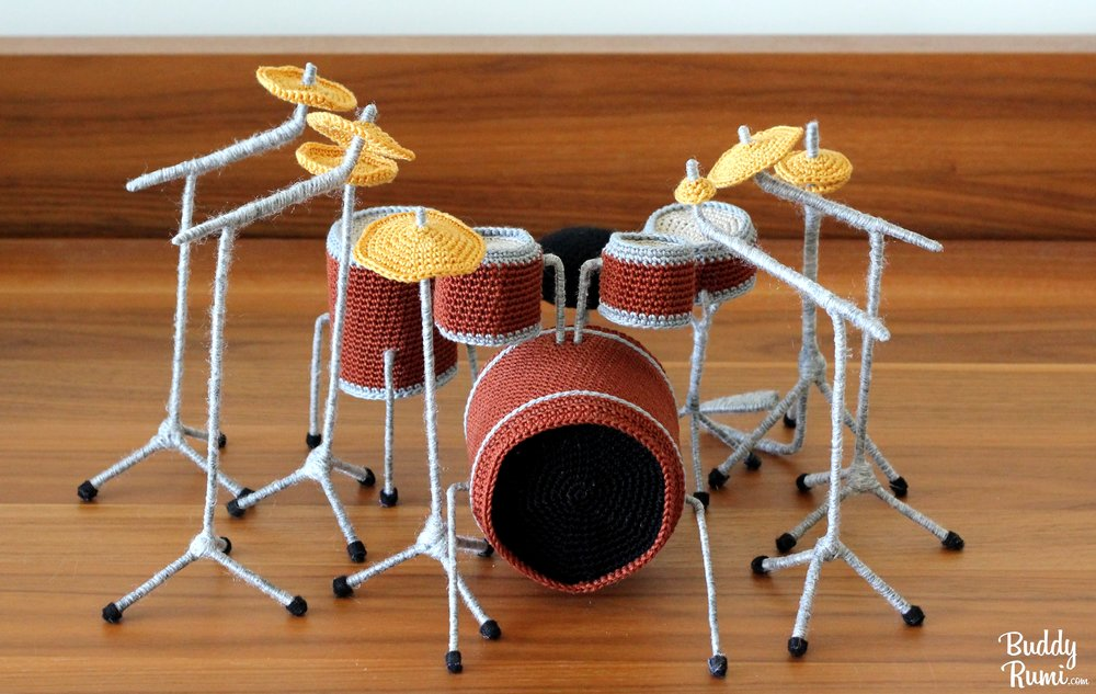 Amigurumi drum set