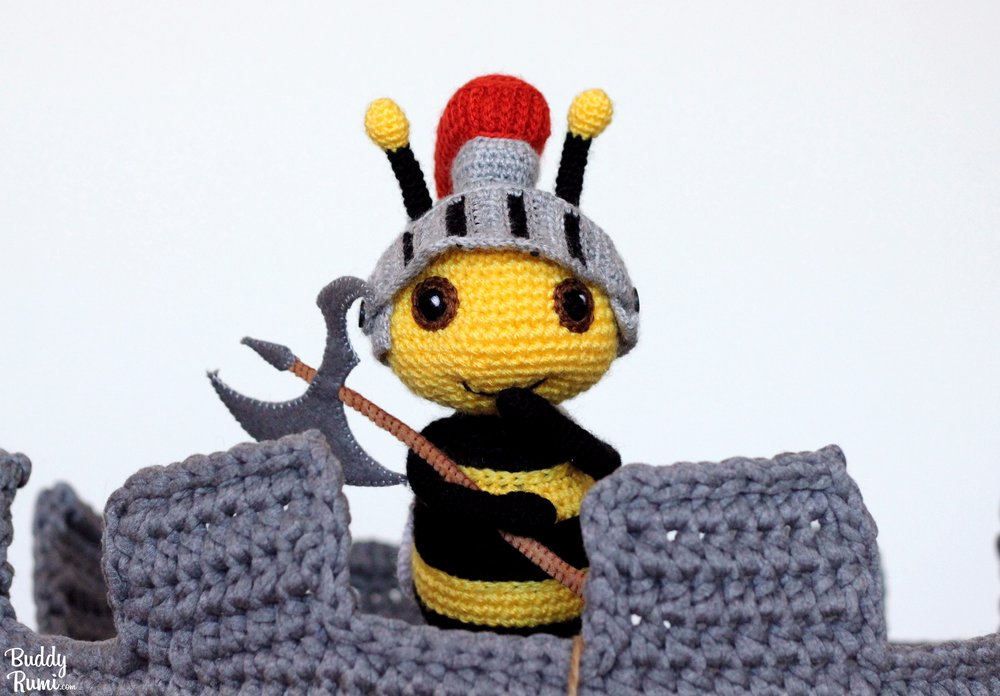 Crochet bee guard