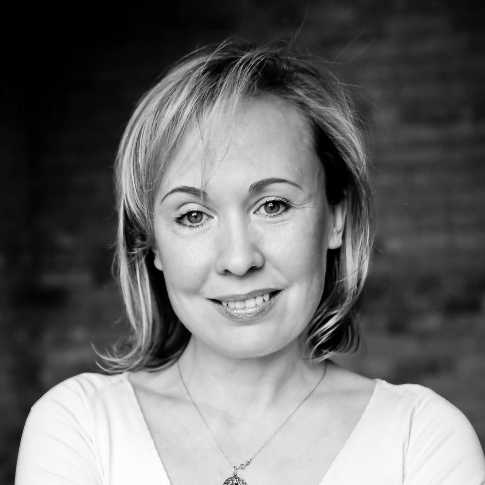 LANA NOVIKOVA Founder &CEO Canada