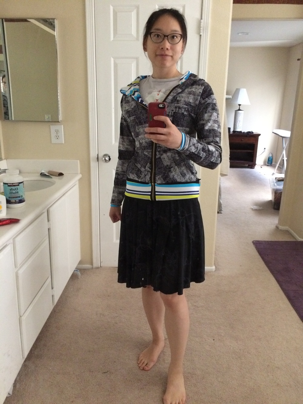 Here I paired the hoodie with the black/gray reversible skirt I showed before.