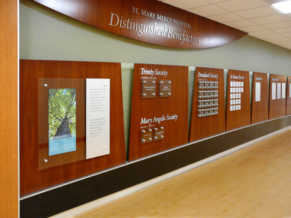 ST. MARY MERCY HOSPITAL: Donor Wall