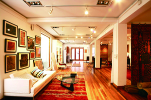 TIBETAN RUGS SHOWROOM A unique 2-story standalone retrofitted building into a high end showroom located on one of Shanghai's busiest retail streets.