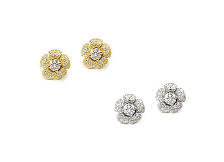 18kt Gold and Diamond Flower Earrings Purchase on 1st Dibs