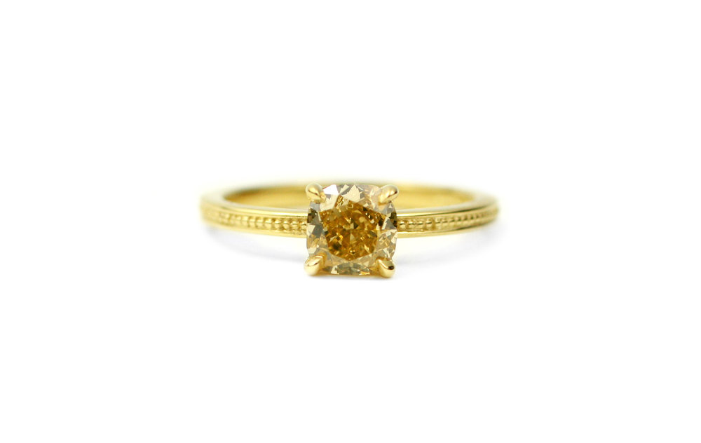 18kt Gold and Yellow Diamond Ring - In Stock