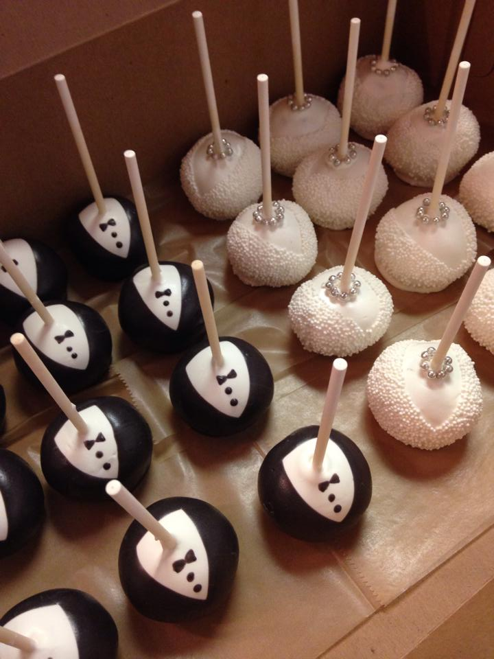 wedding cake pops bride and groom