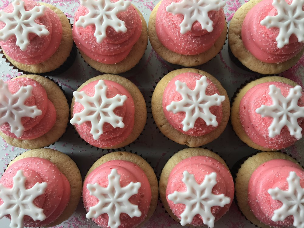 cupcakes snowflakes party holiday