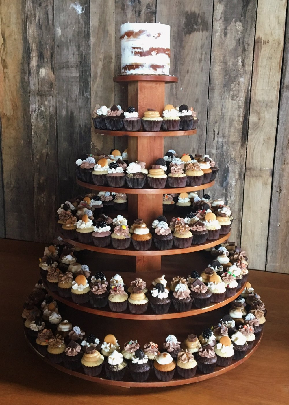 wedding cupcakes Crispin hills