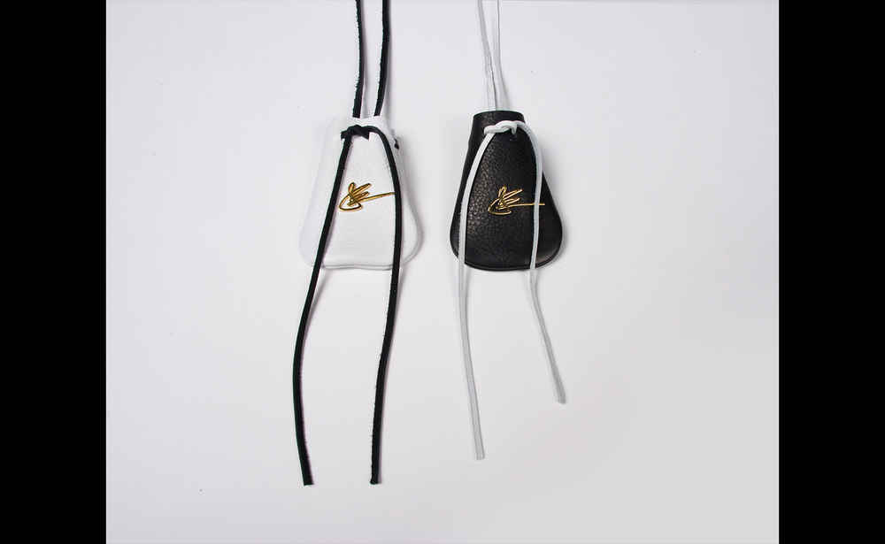 The Pouch Mini w Gold Signature - J Elster - The Black & White Collection