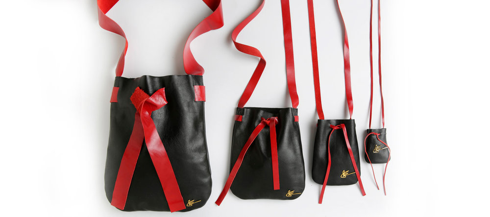 J.+Elster+-+The+Pouch+Collection+in+Black+with+Red+++.jpg