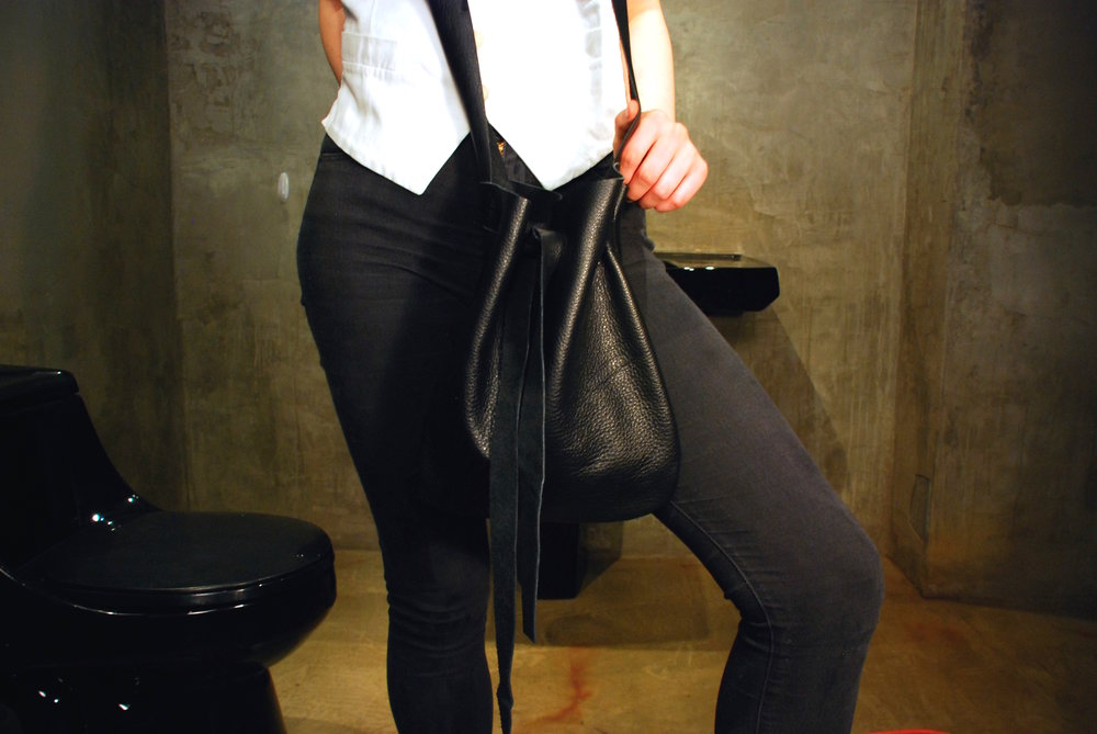 Copy of J.Elster the raw collection the pouch large in black on Caroline