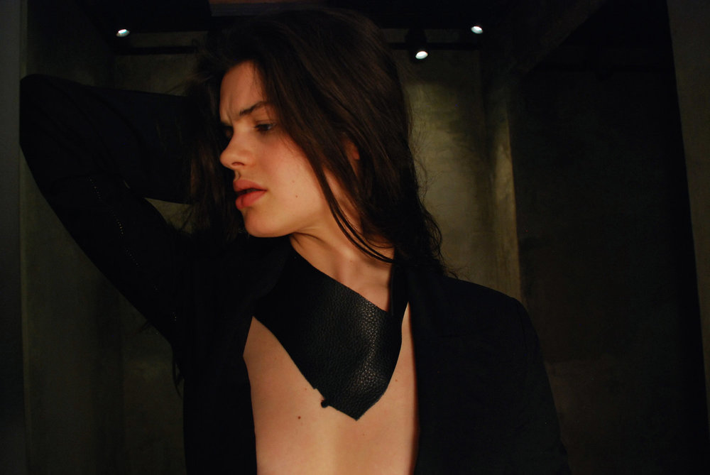 Copy of J.Elster The Raw Collection The Neck Slash in Black on Caroline