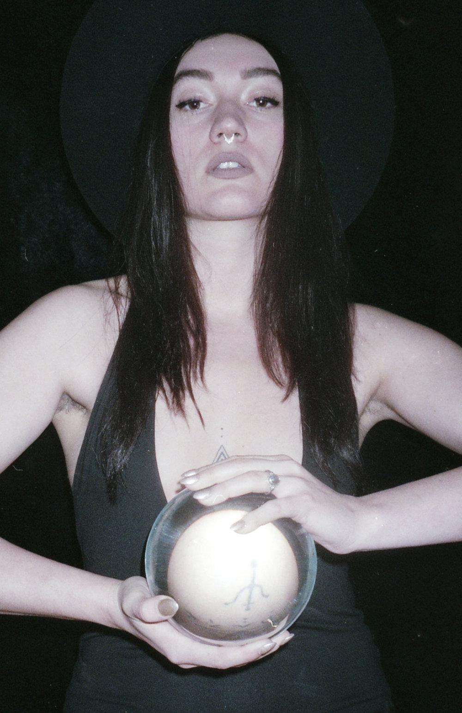 magician003.jpg