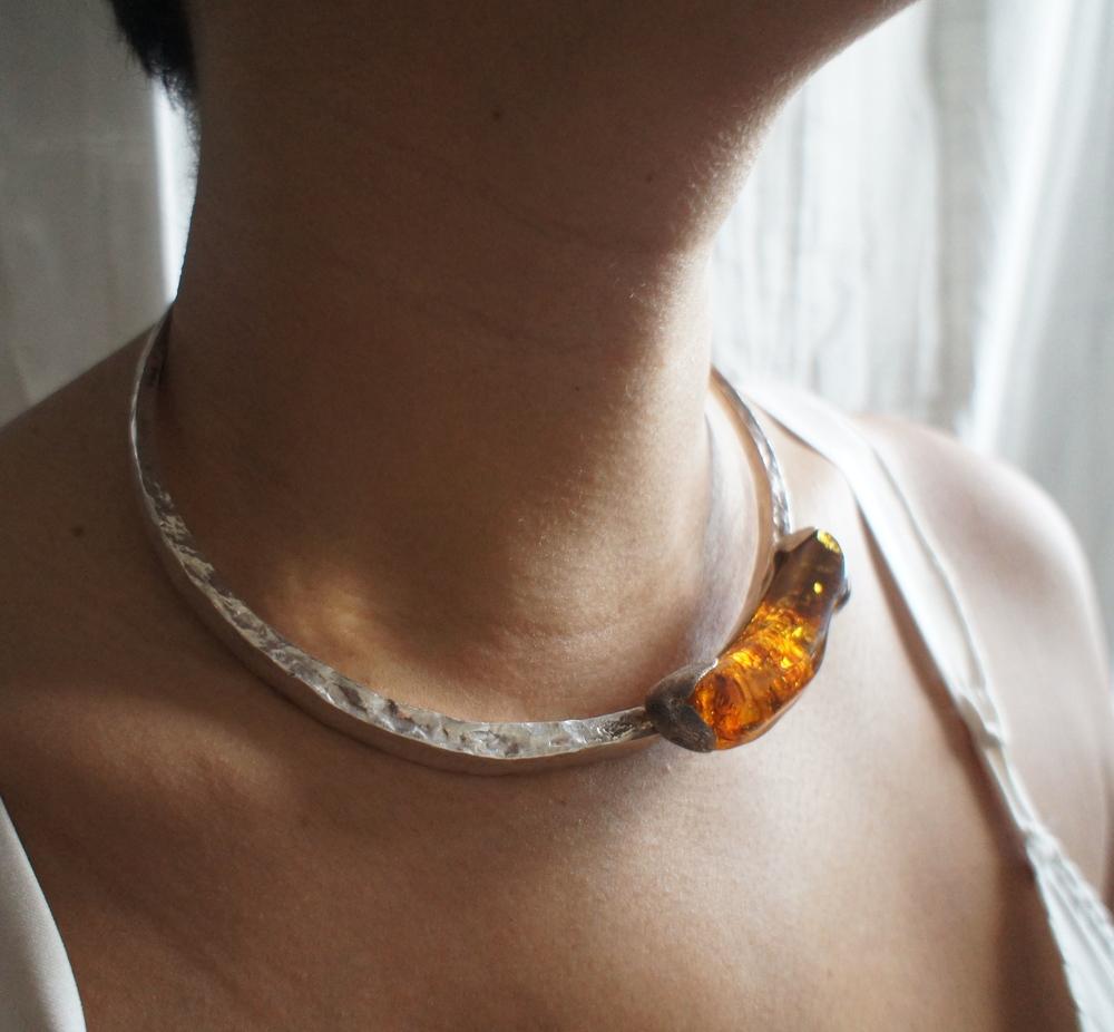 Amber Collar