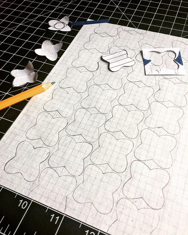 More haptic practice for me: I spent some time drawing out all of these shapes, using my little index card stencil. What's next for these? Sawing, filing, enameling, and -eventually- drawing and painting. Further off? Two dozen or so brooch backs. I have a lot of work to cut out for myself. ☁️☁️☁️ #bitterhoneymetals #metalsmithmakeroccasionalbaker #processprocessprocess #handmadeeverything #joyeriacontemporanea #contemporaryjewelry #metalsmith #makemore #everybodytalksabouttheweather #globalwarming #cloudbursting